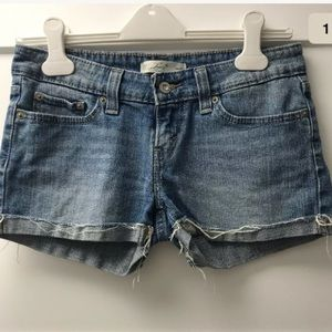 Levi's Juniors Cuffed Jean Shorts Med Wash Size 5